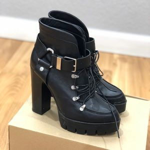 Zara Pointed Toe Lace Up Boots Sz 37